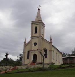 Igreja de Novo Tirol (Temerária), em Flores da Cunha.