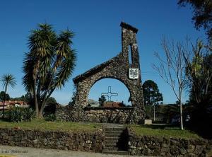 Monumento aos Tiroleses na Paraça dos Tiroleses, Caxias do Sul.