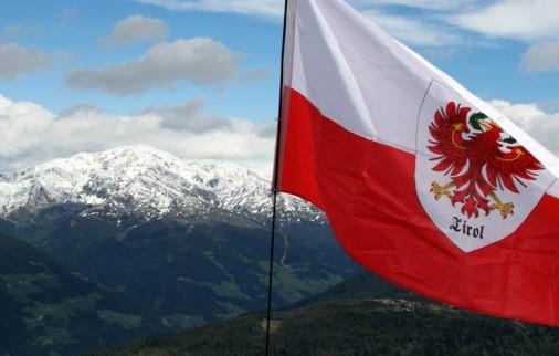 Bandeira Tirol Trento