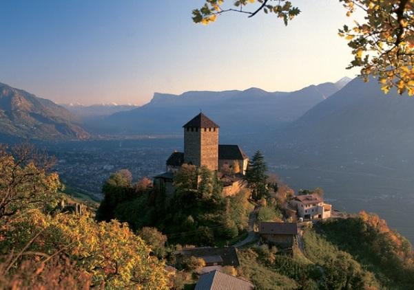 castelo-Tirol